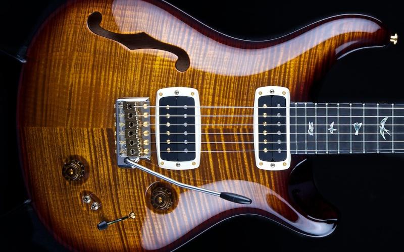 Wat is nu eigenlijk een Semi akoestische gitaar?