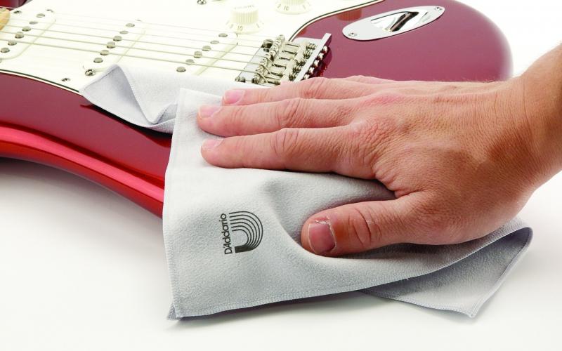 Houd je gitaar en basgitaar in conditie met de juiste onderhoudsmiddelen