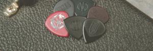 Stapeltje Dunlop plectrums uit de PVP119 John Petrucci variety plectrumpack